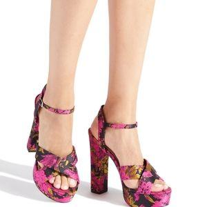 Myrcella Platform Heeled Sandal Size 7